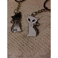 Porte clés chat noir + blanc